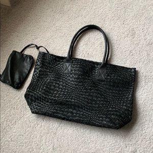 Handbags - Falor Italian woven bag with pochette .